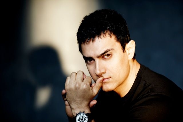 Know why? Election Commission signs Aamir Khan as 'national icon' for voting awareness campaign.