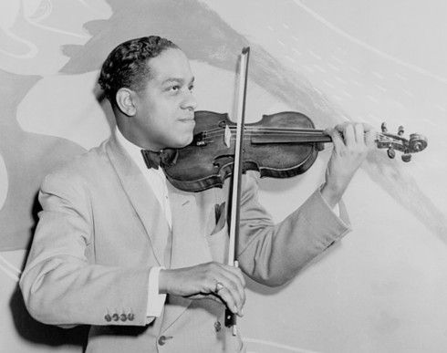 Eddie South November 27, 1904 On this date, Eddie South was born. He was an African-American jazz violinist. From Louisiana, Missouri, a child prodigy, South graduated from the Chicago Music College.