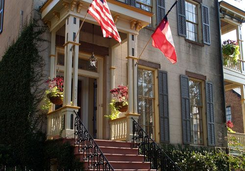 Pet Friendly Hotels In Savannah Ga Near River Street