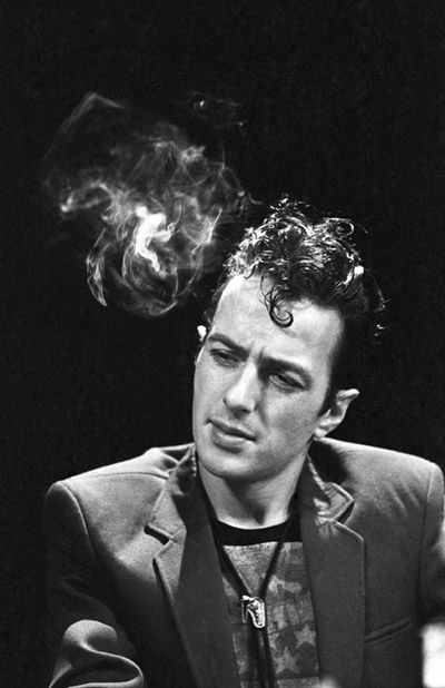 Joe Strummer looked like a punk rock Montgomery Clift. Miss him so much.