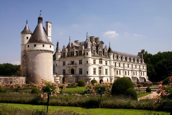 Chateau Chenonceaux Castle in France