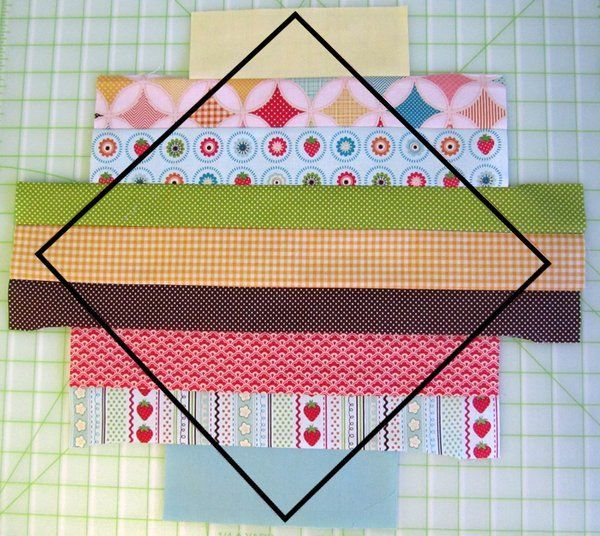 String Quilt Inspiration Tutorial. This is so cute. I think I'd like to try it but using an orange for the top and bottom strips. Then it will look all scrappy and have orange squares all over it:).