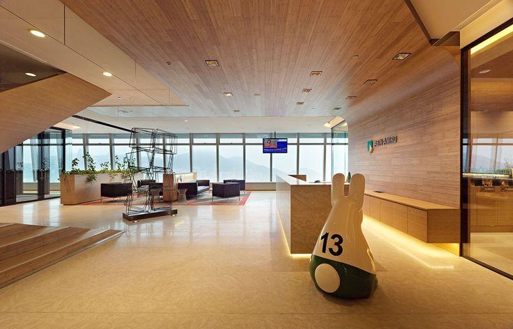 Abn amro bank hong kong by hassel interior design for Interior design office hong kong