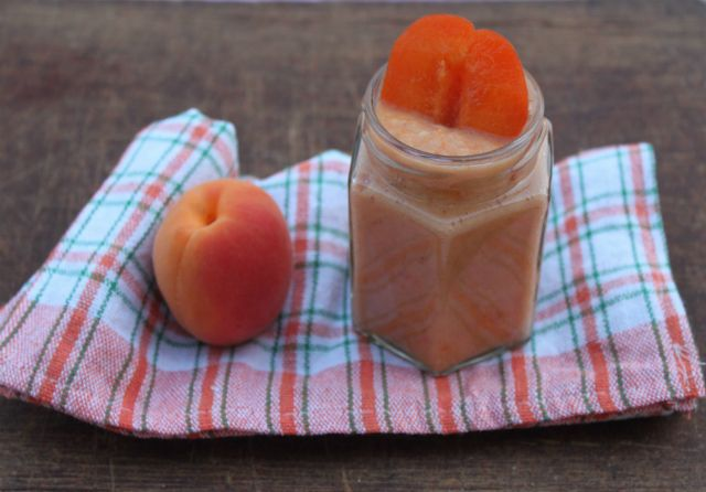 Babakonyha: gyümölcsös pürék villámgyorsan http://www.nlcafe.hu/gasztro/20150629/recept-baba-pure/