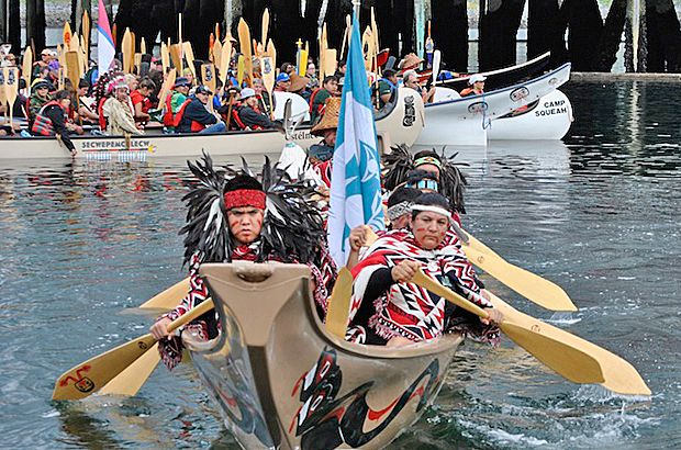 Paddling for #reconciliation in Vancouver