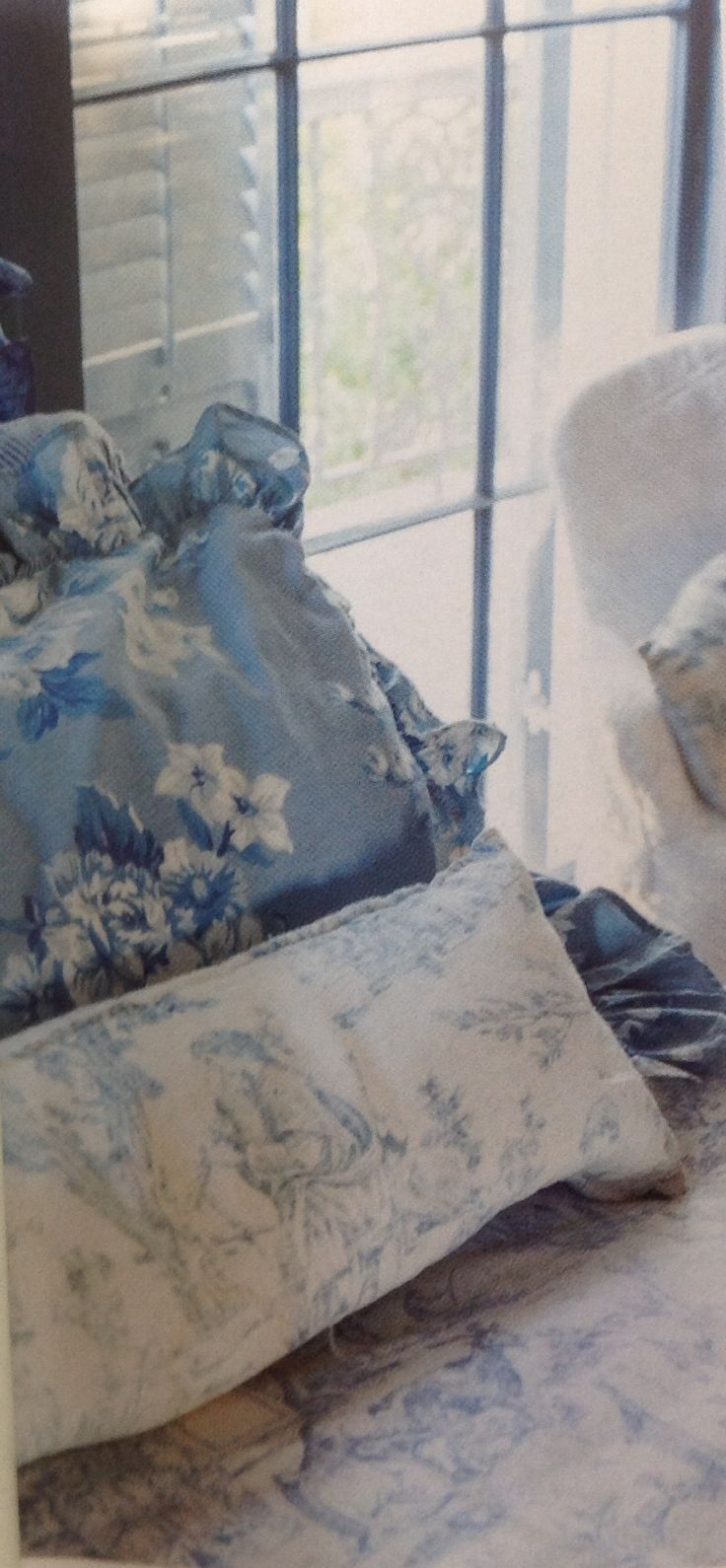 Blue and white toile bedding - Ralph Lauren Bedding Vintage Floral With Toile