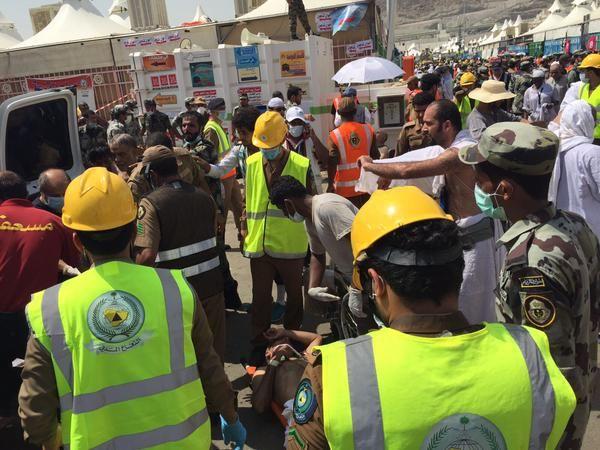 #TragediMina yang menelan ratusan jamaah haji meninggal dan cidera >> http://www.hidayatullah.com/berita/info-haji-umrah/read/2015/09/24/79141/korban-meninggal-tragedi-mina-mencapai-717-orang.html