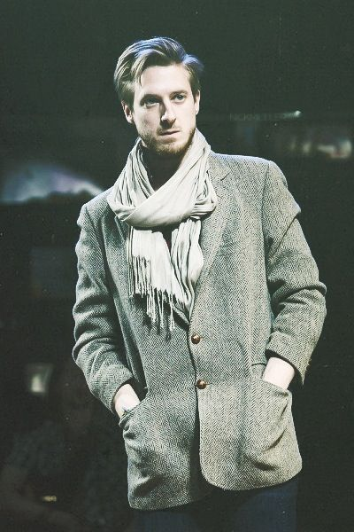 Arthur Darvill in Once the musical. One day @Christina & roberts we shall go see this ;)
