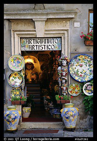 quaint shop to stop in while roaming the streets of Italy