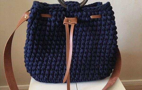 Bolsa estilo mochila em croche com fio de malha no Elo7