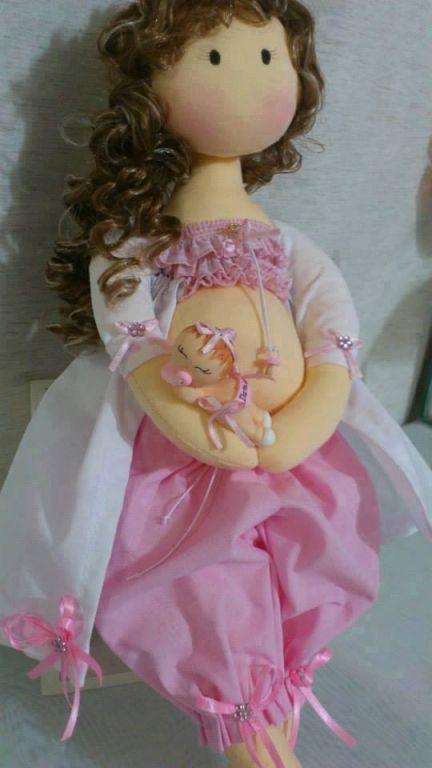 Boneca de pano grávida -