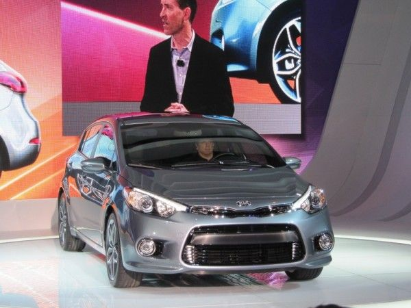 2014 Kia Forte Silver Auto Show 600x450 2014 Kia Forte Review, Performance, Quality, Safety with Images