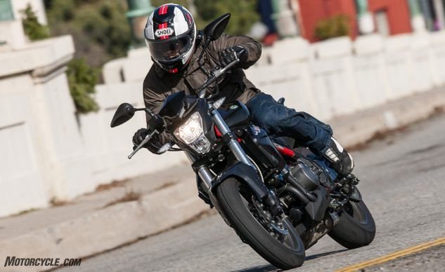 How To Make Clutchless Upshifts On Any Motorcycle