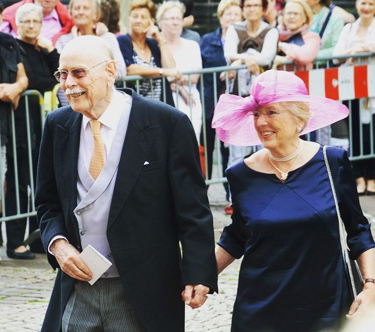 Maximilian, Landgrave of Baden and his wife Valeria-Isabella of Habsburg-Lorraine, Archduchess of Austria at the wedding of Prince Ernst August Jr to Ekaterina Malysheva • Maximilian's mother is one of Prince Philip's, Duke of Edinburgh, sisters, therefore Max is a cousin to the Prince of Wales