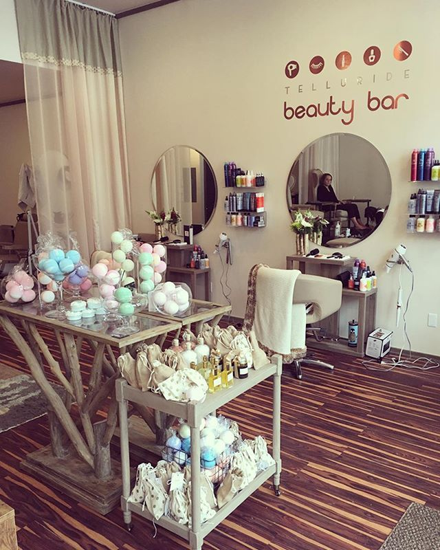 Welcome to Telluride Beauty Bar! The luxury salon providing blow outs, manicures + pedicures, mink eyelash extensions, facials, and facial waxing in beautiful #Telluride, Colorado. Book your appointment online or walk-in at your convenience!