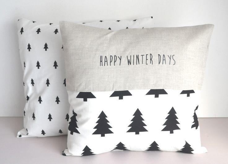 Housse de coussin coton et lin - esprit scandinave - décoration intérieure - motif sapin noir et blanc : Textiles et tapis par de-petits-riens