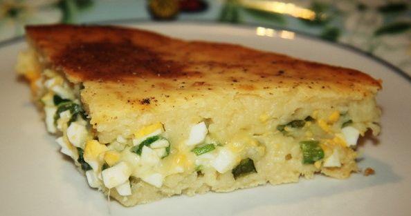 Кефирный пирог с зеленым луком и яйцом - простые ингредиенты, мало времени на готовку и отличный результат!