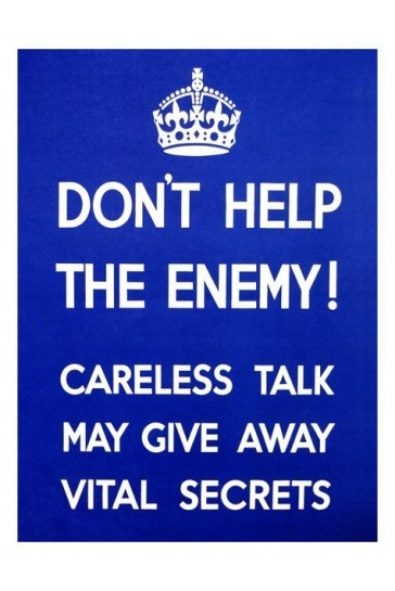 Dont Help The Enemy 1940s War Print £7.99