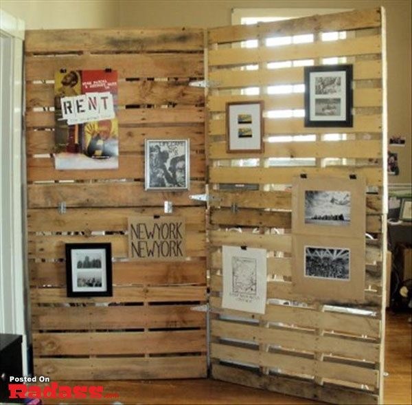 Pallets could be used to display graduates' photos or black and white photos taken throughout senior year