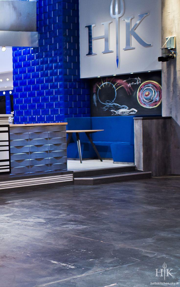 Saletta VIP Hell's Kitchen Italia, tavoli Katana by Potocco Spa