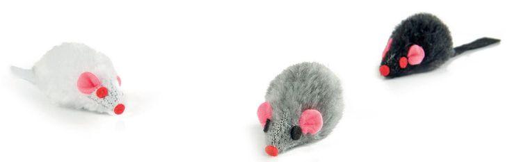 Set de 3 ratoncitos en negro, blanco y gris. Juguete ideal para gatos les hace sacar su instinto animal. Son de tacto suave y muy manejables...