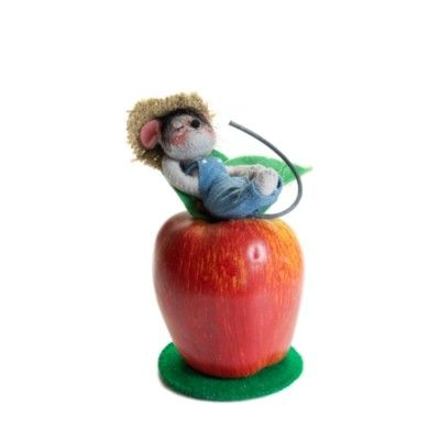 """Orchard Nap Mouse - 6"""""""