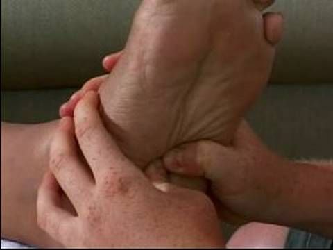 How to Give a Reflexology Massage : Massaging the Lower Digestive Area of the Foot