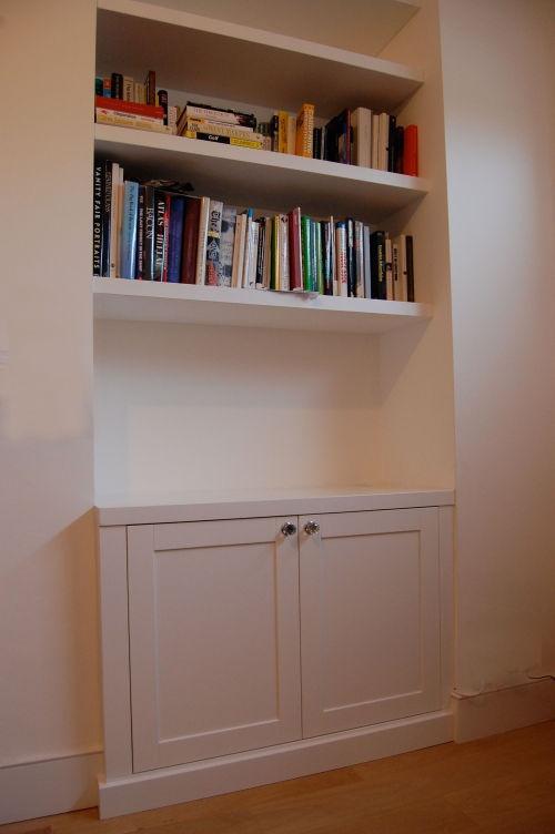 Alcove cupboards
