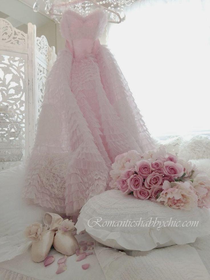 215 best blogs romantic shabby chic images on pinterest for Shabby chic blog italiani