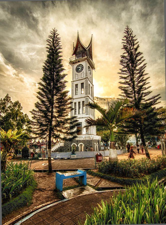 Bukittinggi Clock Tower by Captain Photo on 500px
