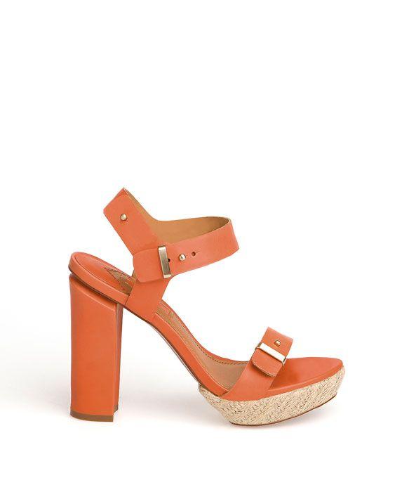 Siempre hay que calzar una buena sandalia...