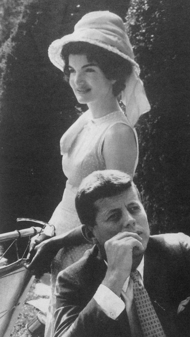 A blog that posts on the life of Jacqueline Kennedy Onassis