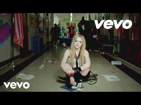"""The 12 """"Punkest"""" Moments From Avril Lavigne's New Music Video"""