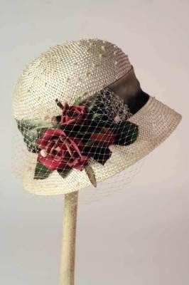 I would just love to wear a genuine Victorian hat like this on my wedding day.