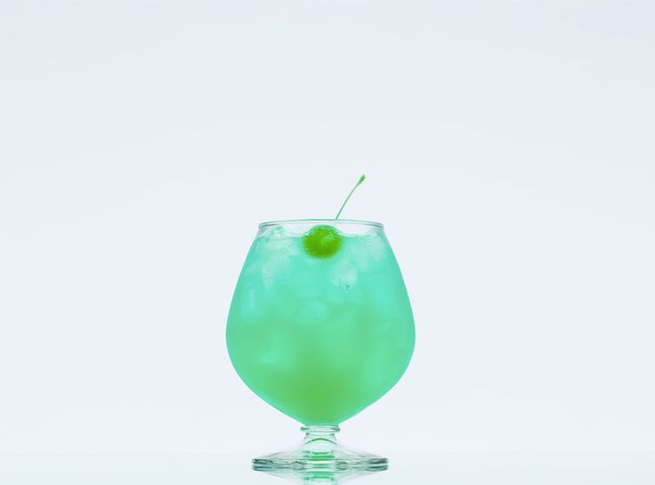 The Blue Lagoon Ingredients  1 ½ oz Bacardi Tangerine ($14; winefolder.com) 1/4 oz Blue Curacao ($12; internationalwineshop.com) 1 ½ oz pineapple juice 1 ½ oz soda water Green maraschino cherry, pineapple slice, or orange slice for garnish Directions  Combine all ingredients in a large glass over ice. Stir gently with a bar spoon before serving. Garnish and serve.