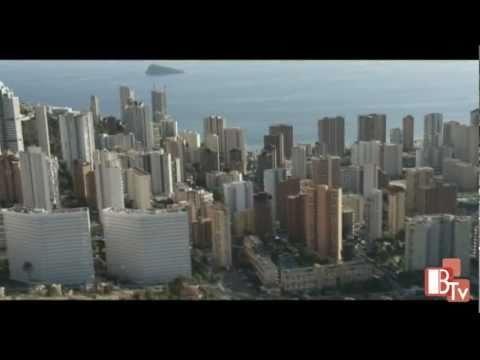 Llega al ciudadano la esperada guía de rascacielos del municipio. Benidorm Skycraper's guide. http://www.hmontemar.com