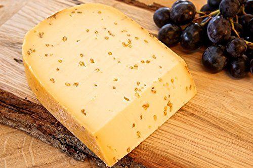Boerenkaas (Bauernkäse) ist ein traditionell hergestellter Schnittkäse oder Hartkäse, der aus Milch von Rindern, Ziegen, Schafen oder Büffelkühen in Holland hergestellt wird.