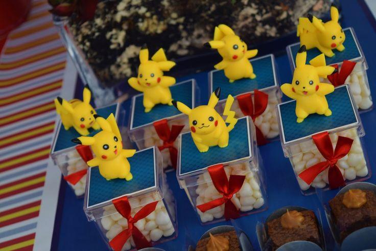Que tal fazer a festa do seu filho com o tema Pokemon? Imagens e decoração Imagine Scrap. Lindas ideias e muita inspiração. Bjs, Fabiola Teles. ...