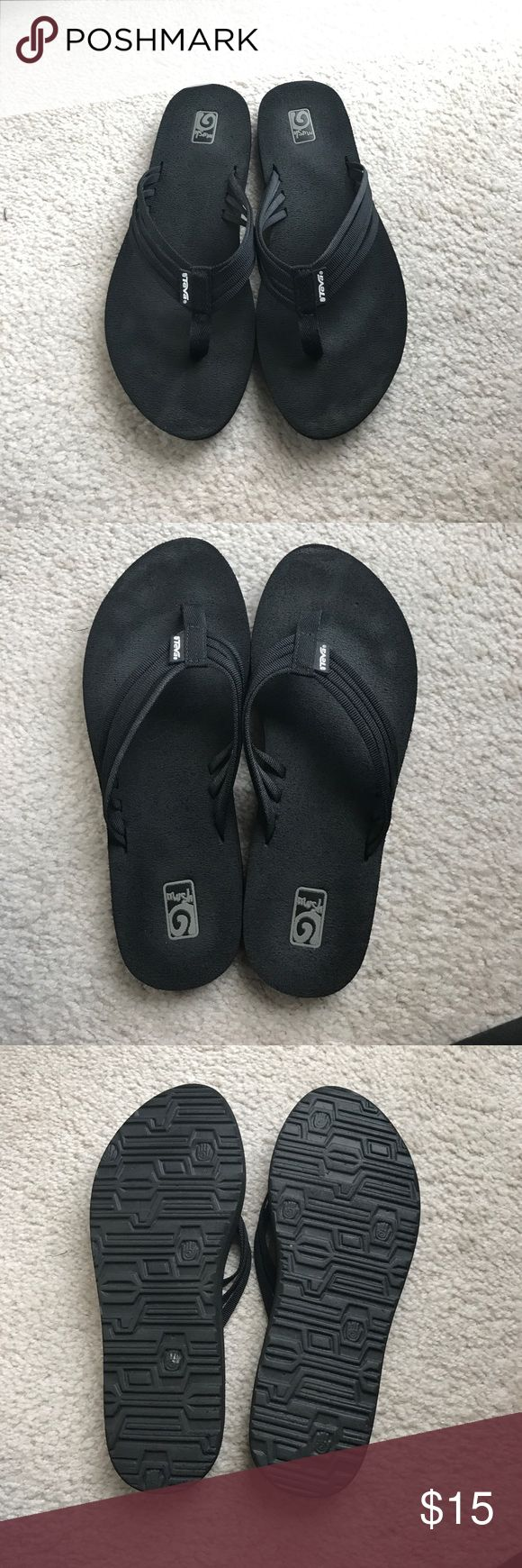 Teva Flip Flops Great condition, Gently worn Teva Shoes Sandals