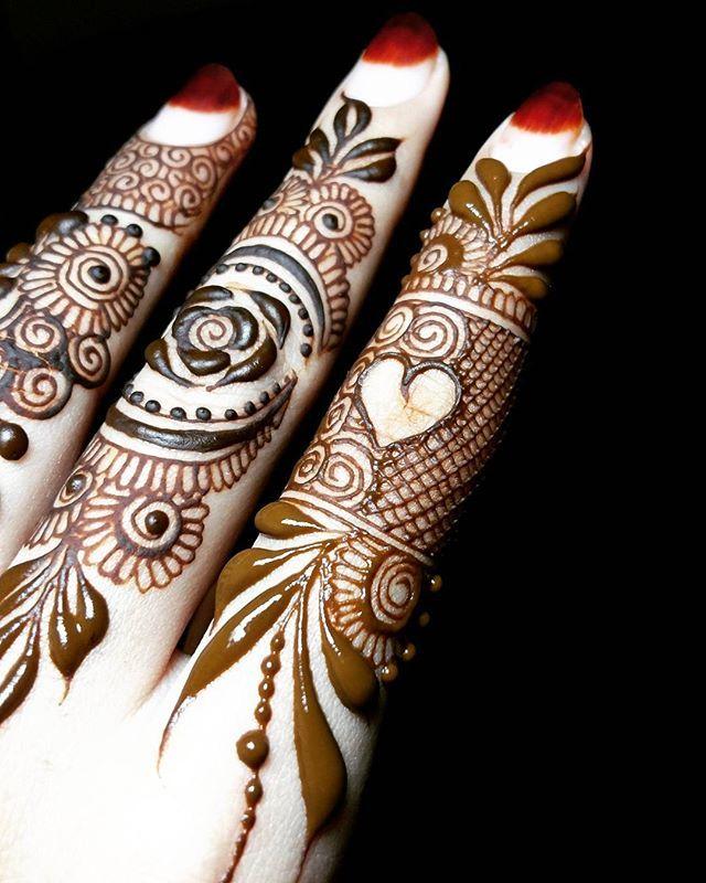 Finger details Sc: Nashwah.henna Always forgive your enemies; nothing annoys them so much. #mehndi_by_hayat
