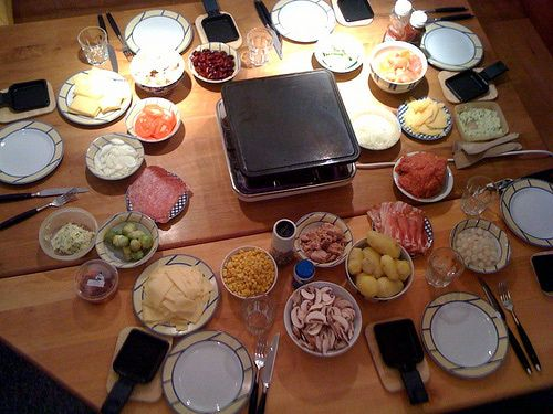 35 best kw raclette images on pinterest raclette recipes raclette party and fondue. Black Bedroom Furniture Sets. Home Design Ideas