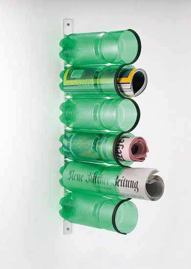 Botellas recicladas, hermoso revistero #lifeinstyle #greenwithenvy
