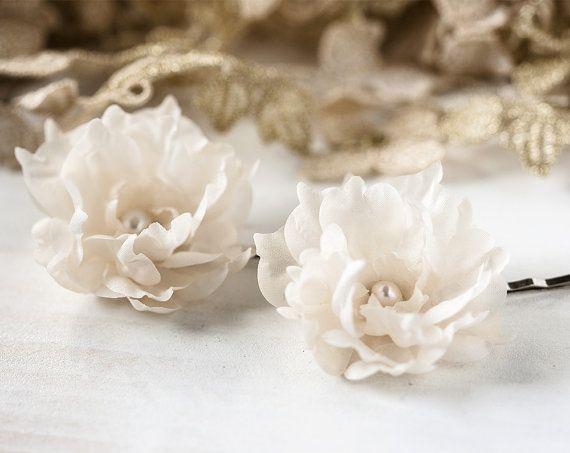 714_Champagne Hair clips, Wedding hair pin, Hair accessories, Floral clips, Cream hair pins, Pastel flower, Fabric flower Hair clips For her