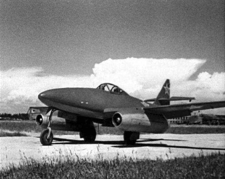 Stuka — Captured German Messerschmitt Me262 1945
