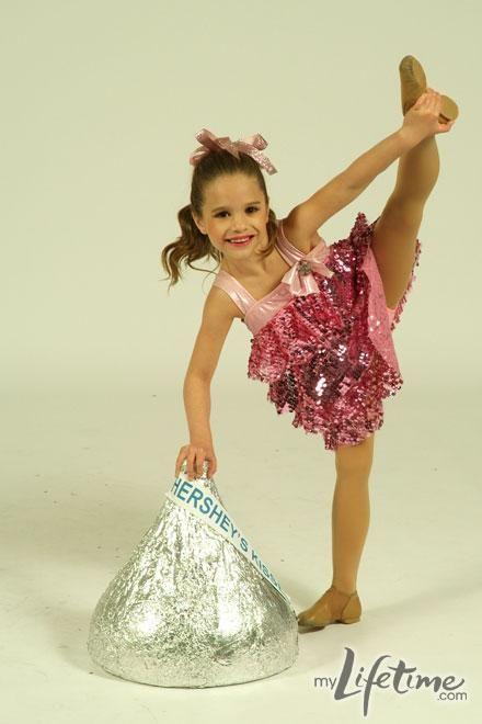 Little Mackenzie, my Chloe had that same costume her 3rd recital!! Ha!
