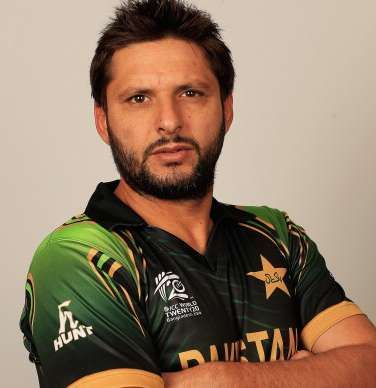 Shahid Afridi Height, Weight, Age, Biography, Wiki, Wife, Family. Shahid Afridi Date of Birth, Net worth, Salary, Price, Marriage, Children, Photos