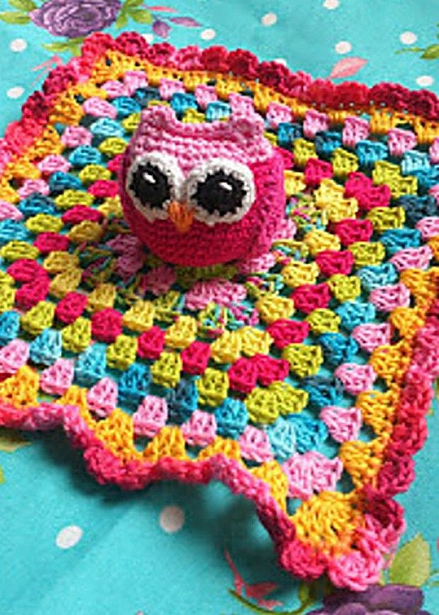 SHARING IS CARING!530000Without question, this is one cute little owl lovey blanket! It's a blending of both worlds, a granny square blanket, and a tiny and adorable owl by designer LolaIsHooked. It makes for a comforting and beautiful blanket. Think of what a fantastic gift this would be! And the color combinations you could come …