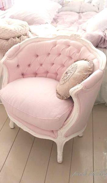 Shabby Chic Pink Victorian Chair Chaise - http://myshabbychicdecor.com/shabby-