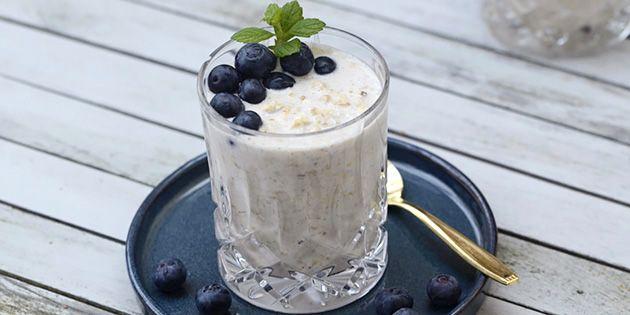 Fremragende køleskabsgrød med skyr og vanilje - nemmere morgenmad findes ikke.