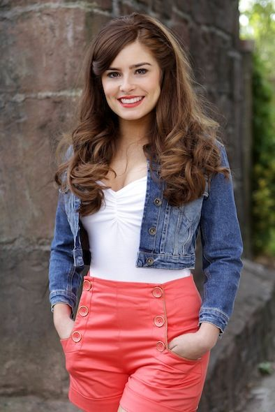 Mitzeee Pic For Cast Card :D #Hollyoaks